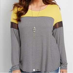 Striped tee with colored yoke and lace sleeve